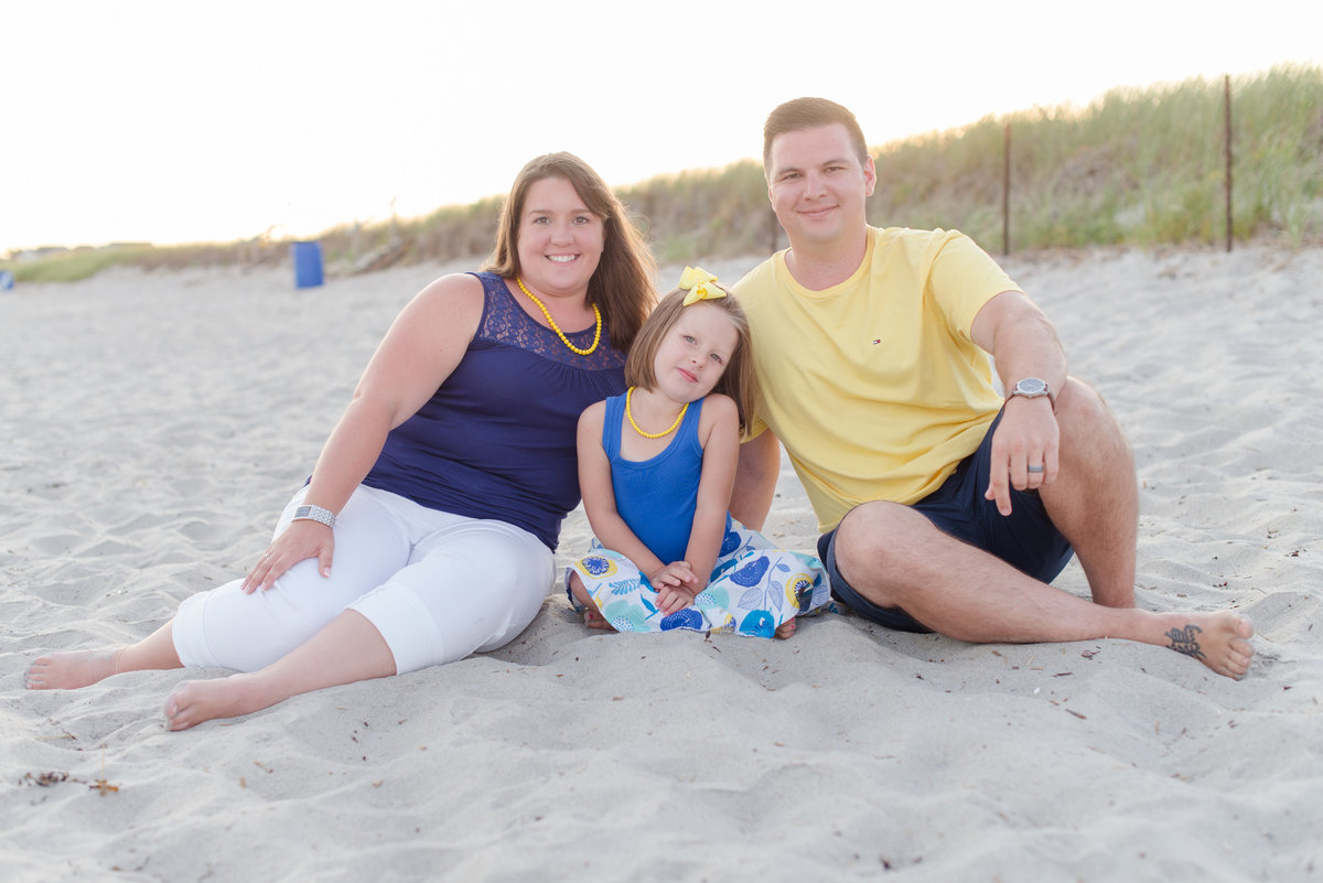 pine point beach family session