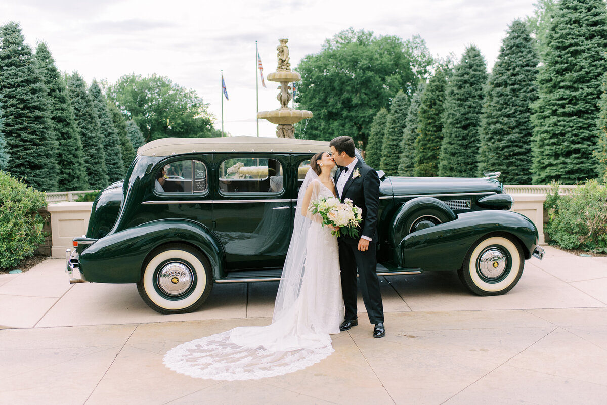Bride and Groom Broadmoor CAr