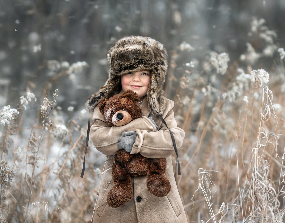 winter photo of child