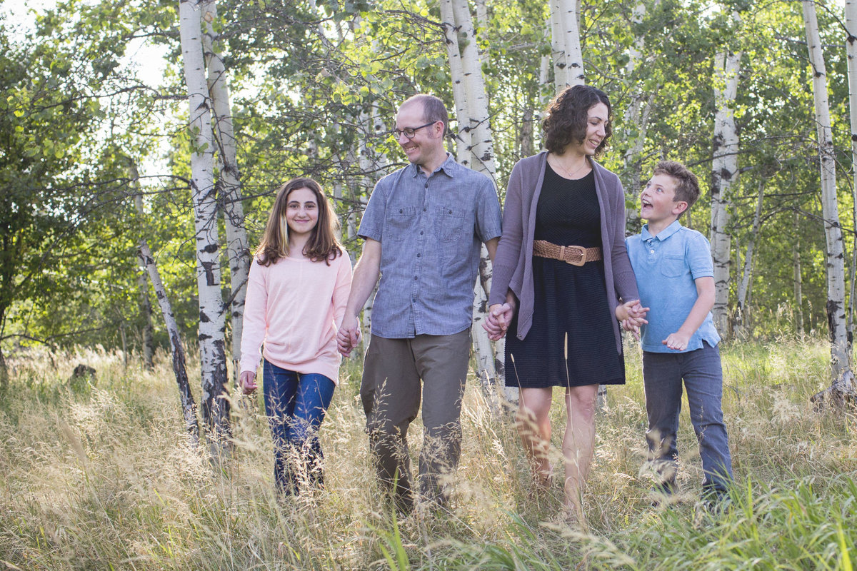 Grassy Field Family Portraits in West Linn Forest