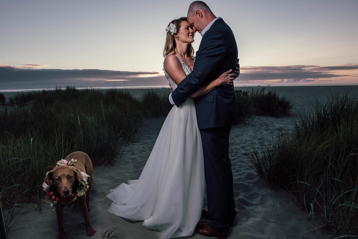 9Louisa-rose-photography-wedding-photographer-seaside-Cannon-Beach-Astoria-oregon