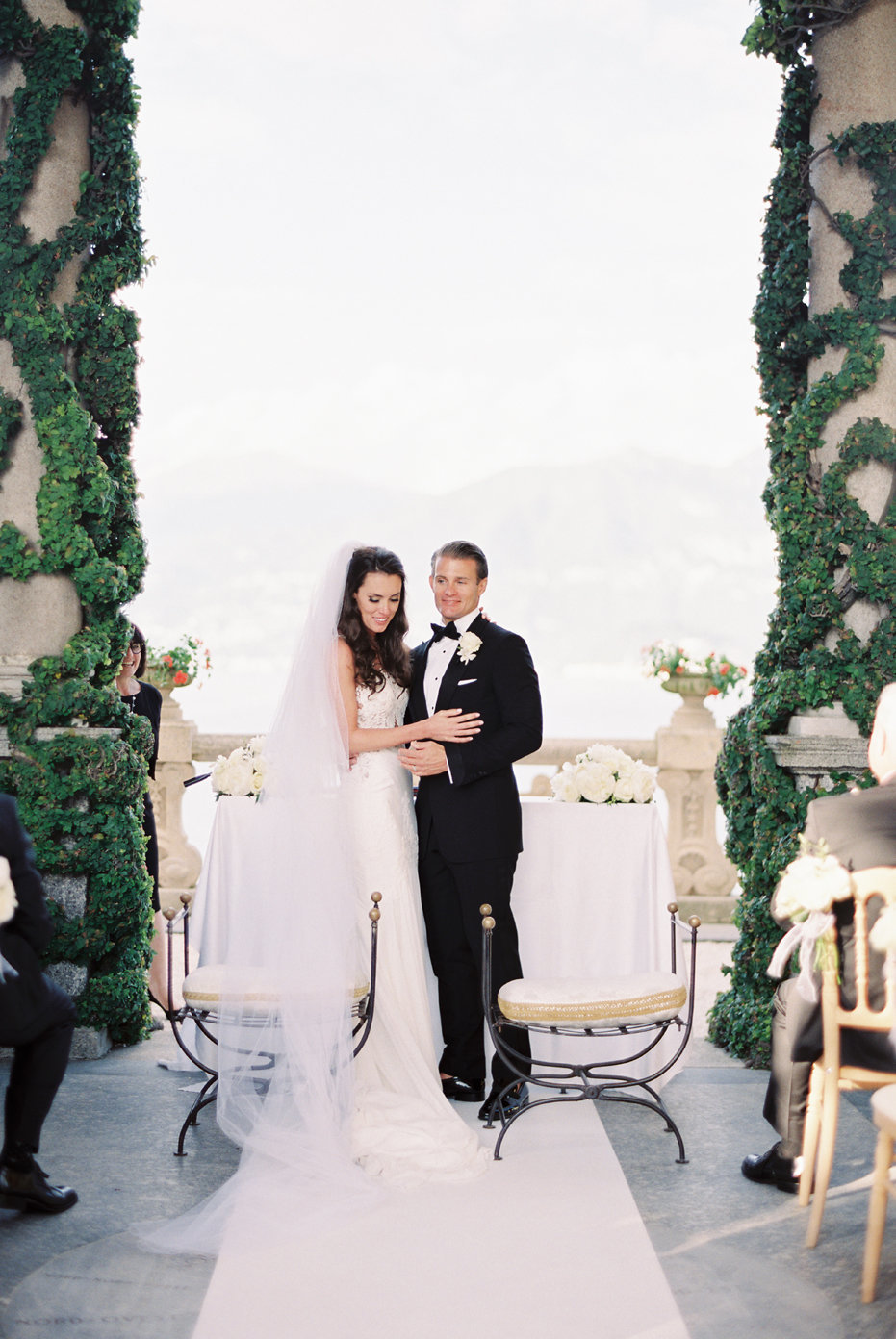 lake_como_italy_villa_balbianello_destination_wedding_melanie_gabrielle_057