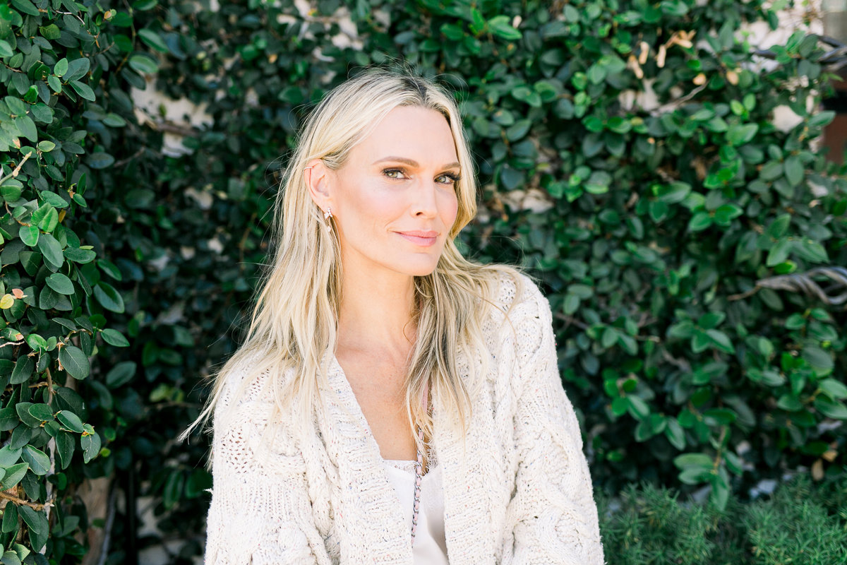 86Molly Sims by Smith House Photo -