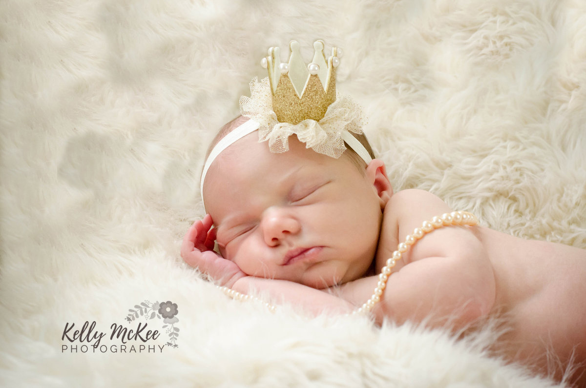 newborn-portrait