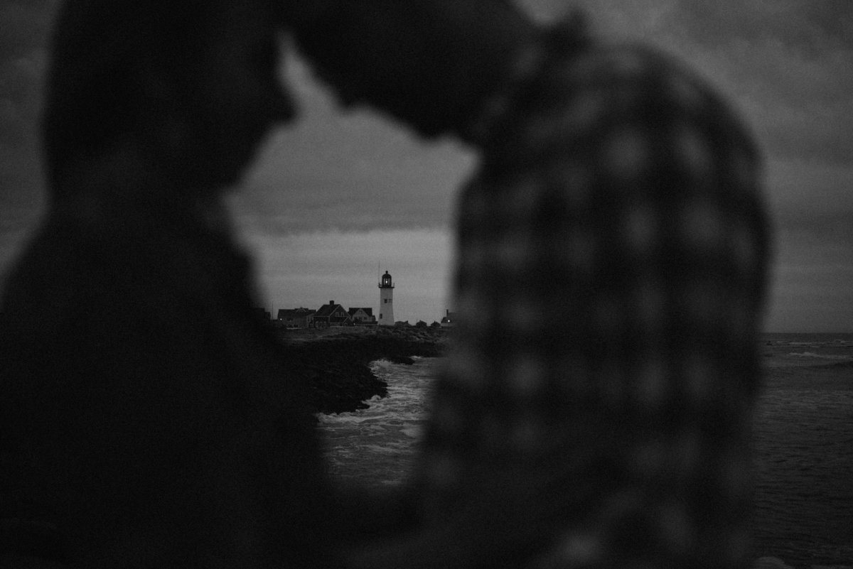scituate-lighthouse-engagement-session-1