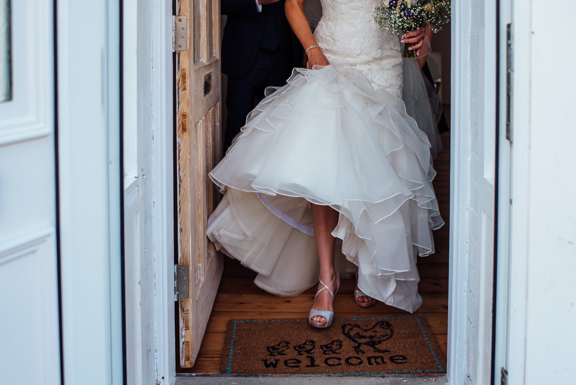 009-Relaxed-Marquee-Wedding-Photographer