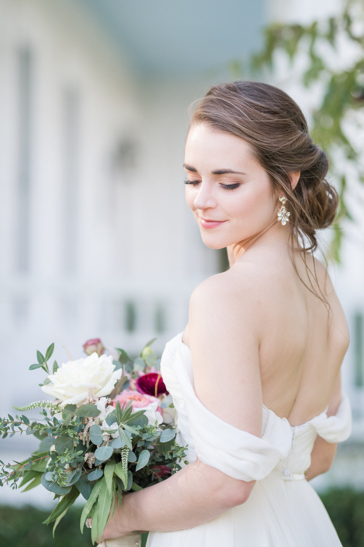 Bridal Portrait at Barr Mansion in Austin Texas