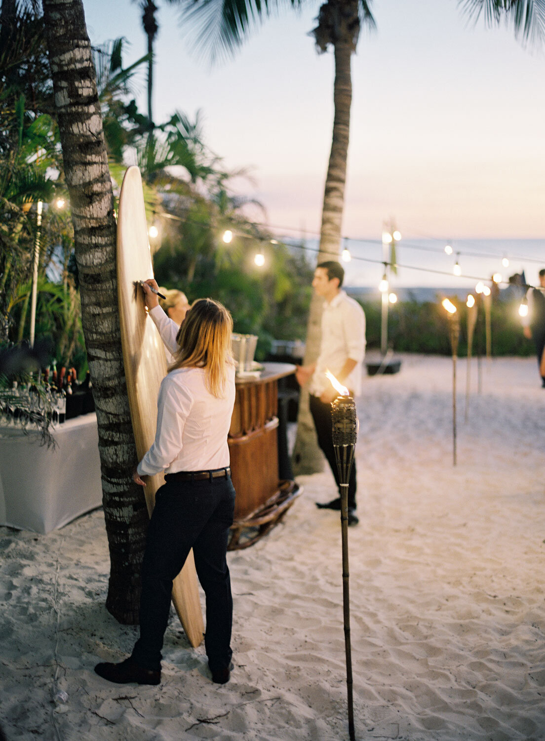 elegant-bohemian-tropical-december-destination-wedding-melanie-gabrielle-photography-martha-stewart-submission-090