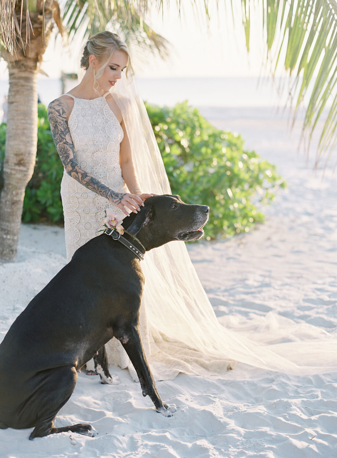 elegant-bohemian-tropical-december-destination-wedding-melanie-gabrielle-photography-martha-stewart-submission-058