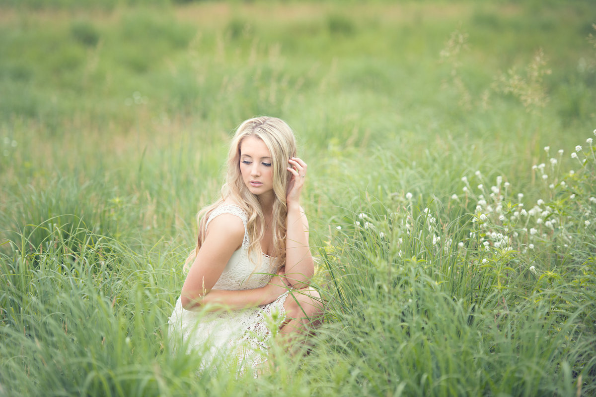 Chanhassen high school senior portrait photographer
