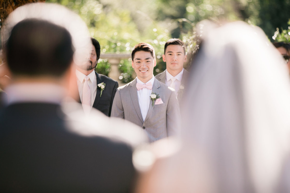 groom sees his bride for the first time at Folktale winery
