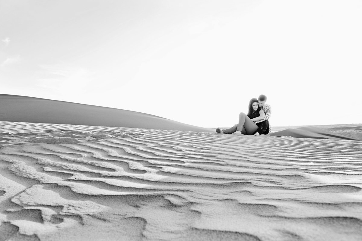 couple at Imperial Sand Dunes
