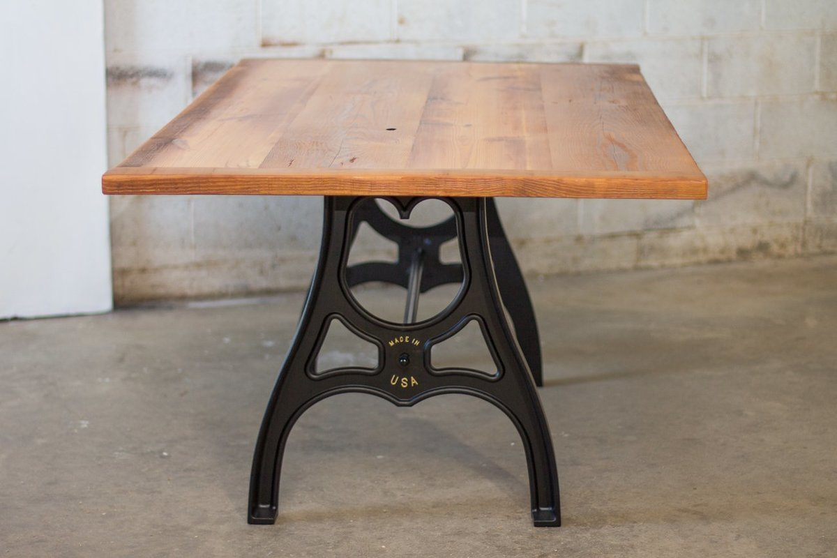 sons-of-sawdust-reclaimed-wood-farm-table-cast-iron-maschine-base-4