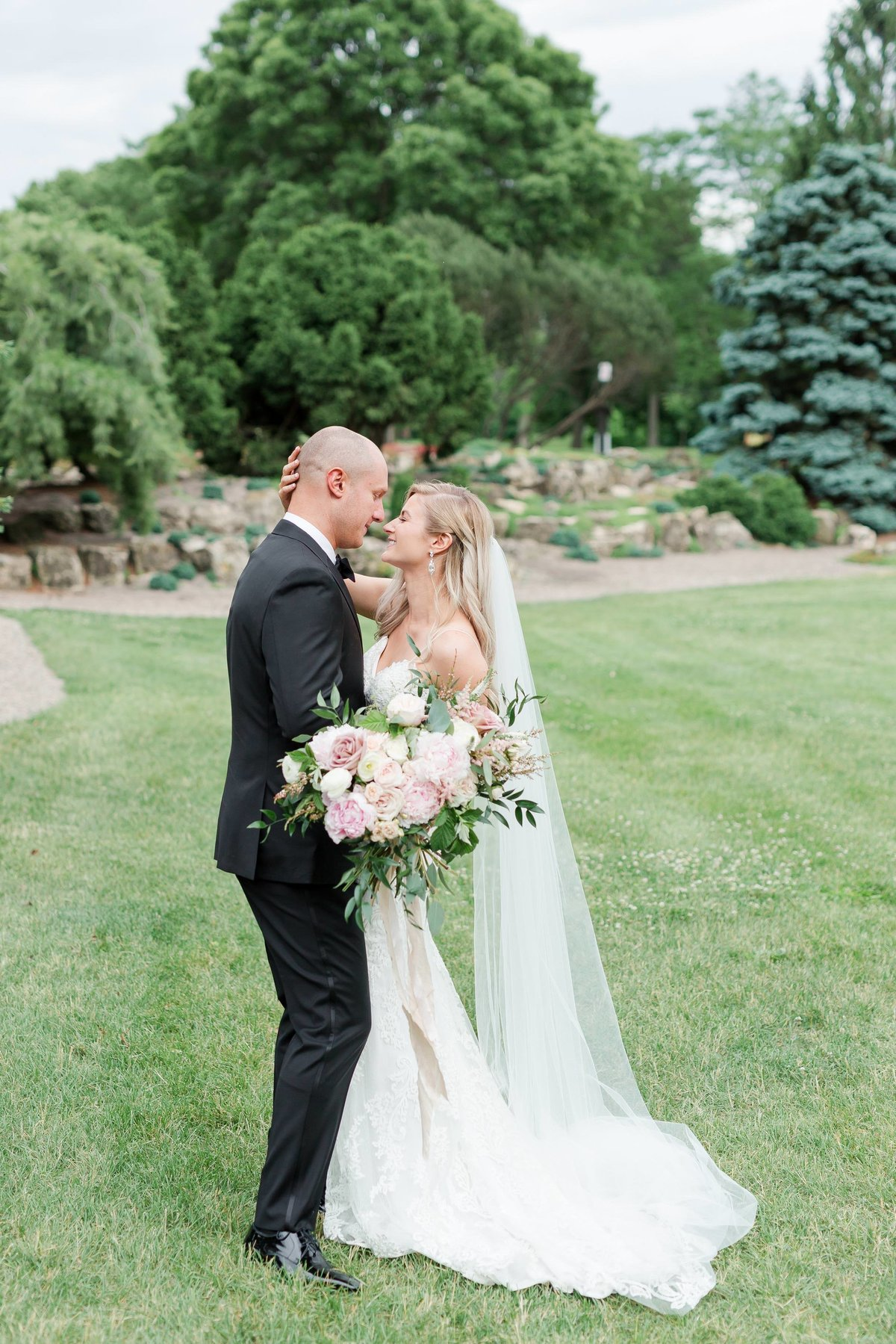 Maison Meredith Photography Wisconsin Wedding Photographer Real Wedding Two 037