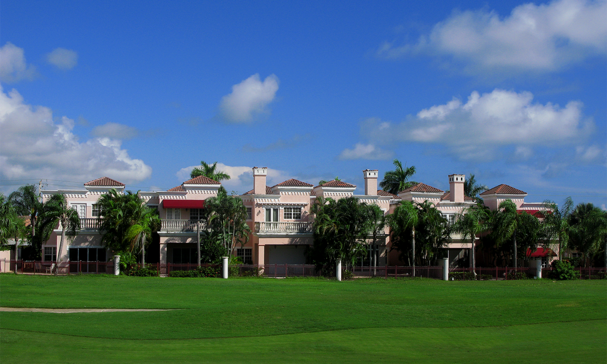 ROYAL PALM VILLAS 1