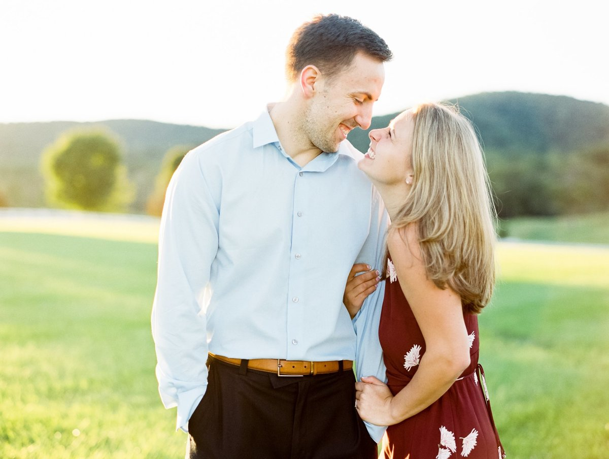 keswick-virginia-film-engagement-photographer-castle-hill-cider-maggie-and-bryan-241 copy 2