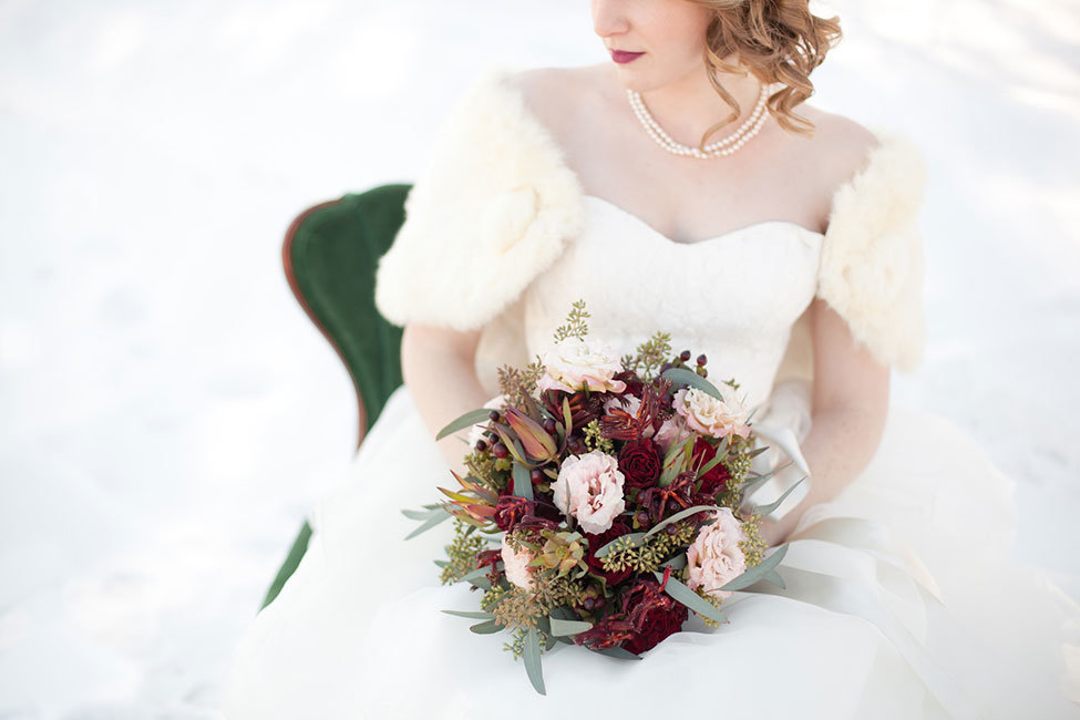 Outdoor_Rustic_Chic_Winter_Wedding_Spencer_Studios_14-h