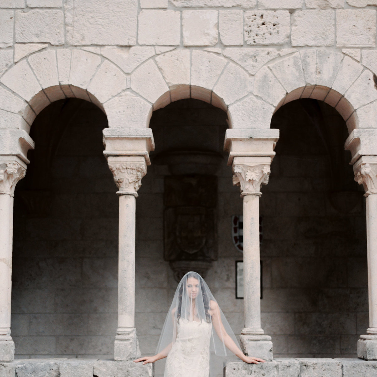 ancient-spanish-monastery-ethereal-lavender-editorial-melanie-gabrielle-photography-018