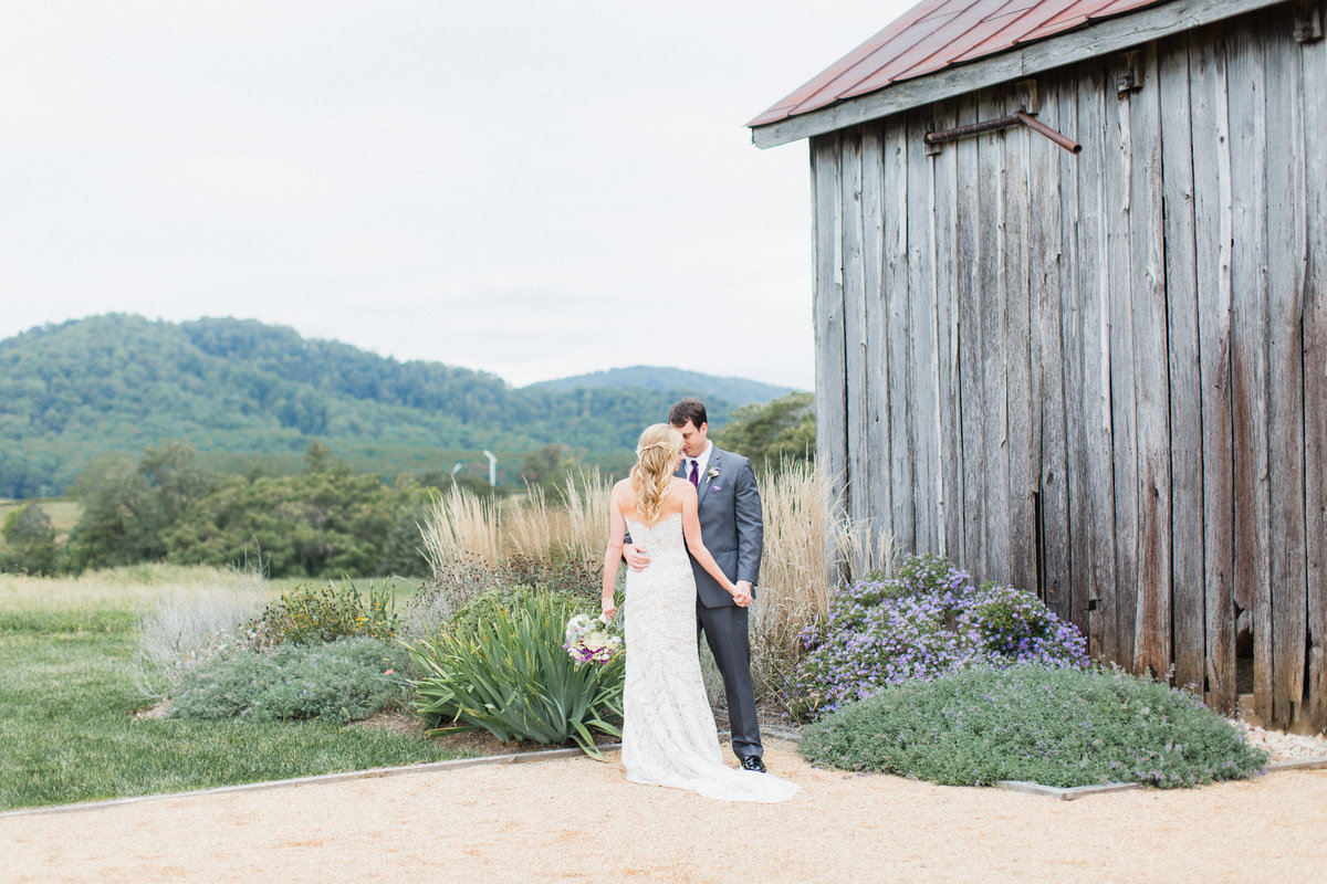 61_early_mountain_vineyard_wedding
