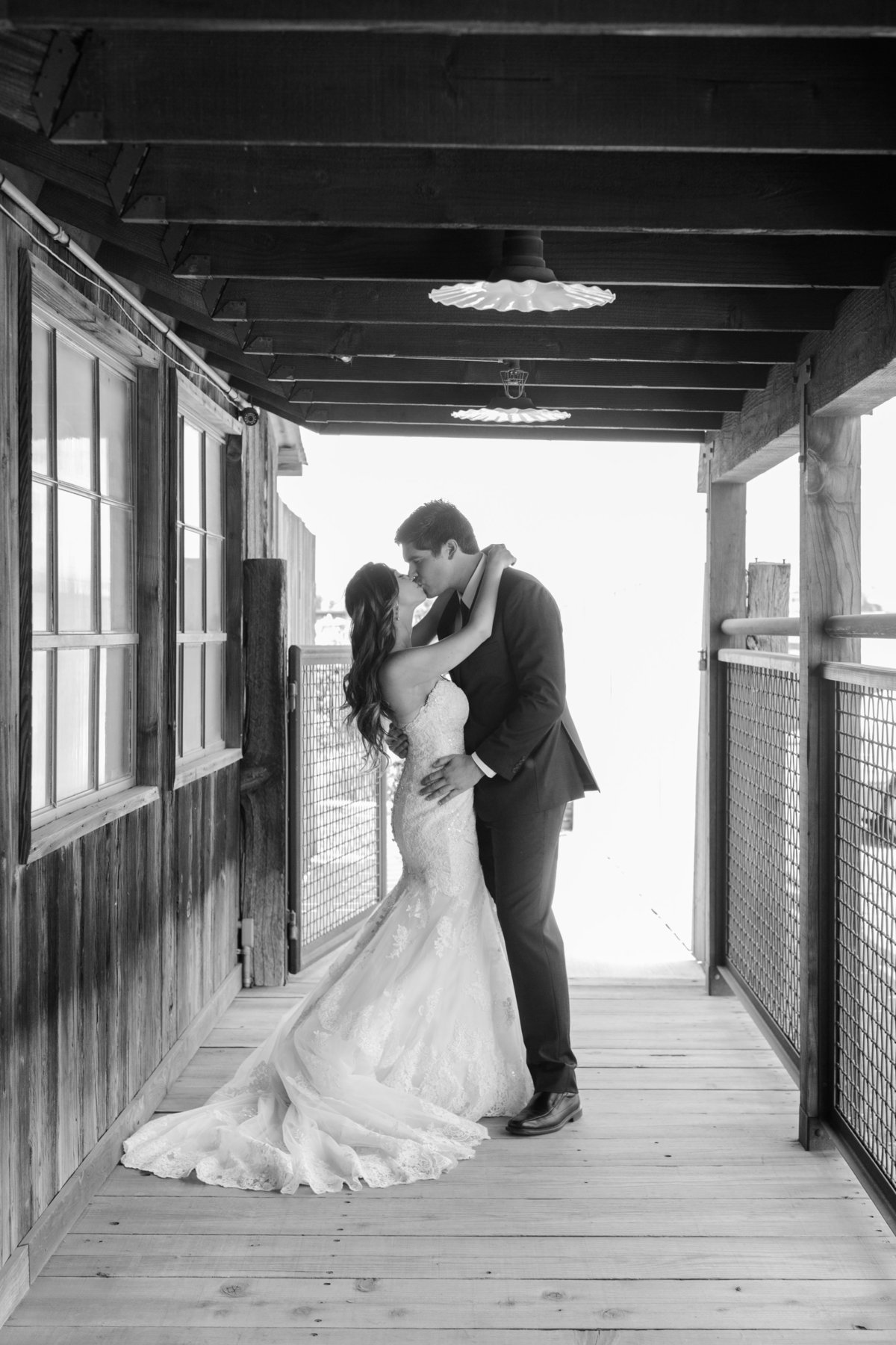 Erica Mendenhall Photography_Barn Wedding_MP_6303web