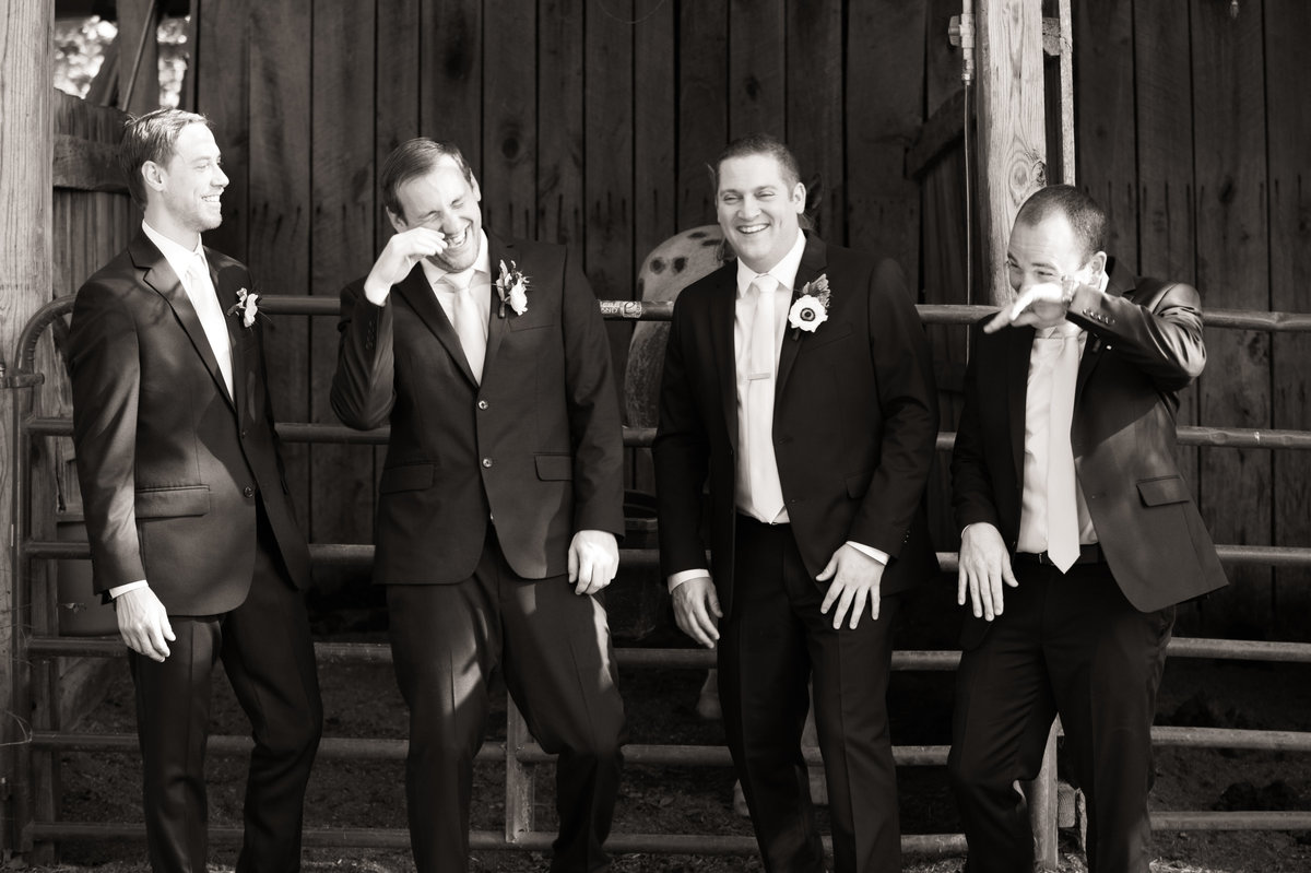 groom and groomsmen candiid
