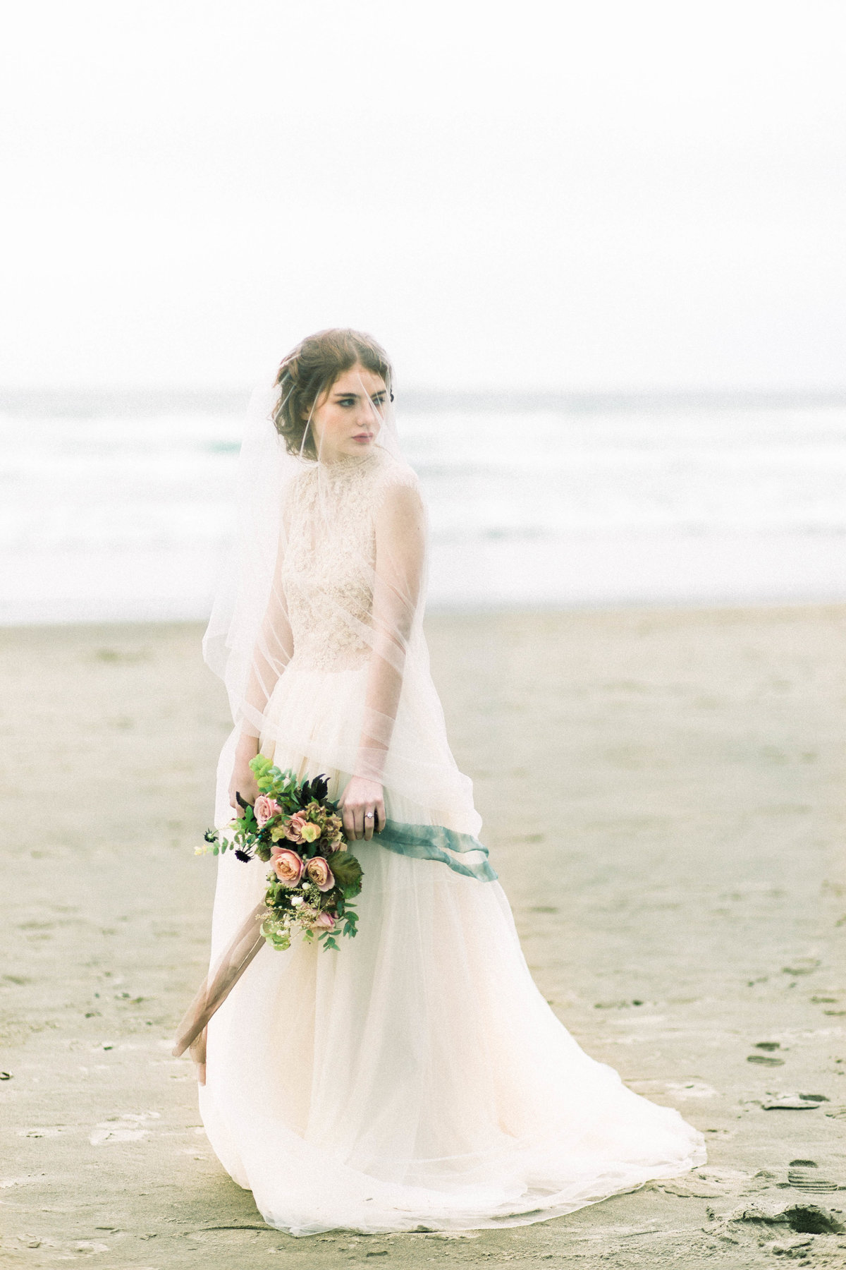 Cannon-Beach-Bridal-Editorial-Georgia-Ruth-Photography-2