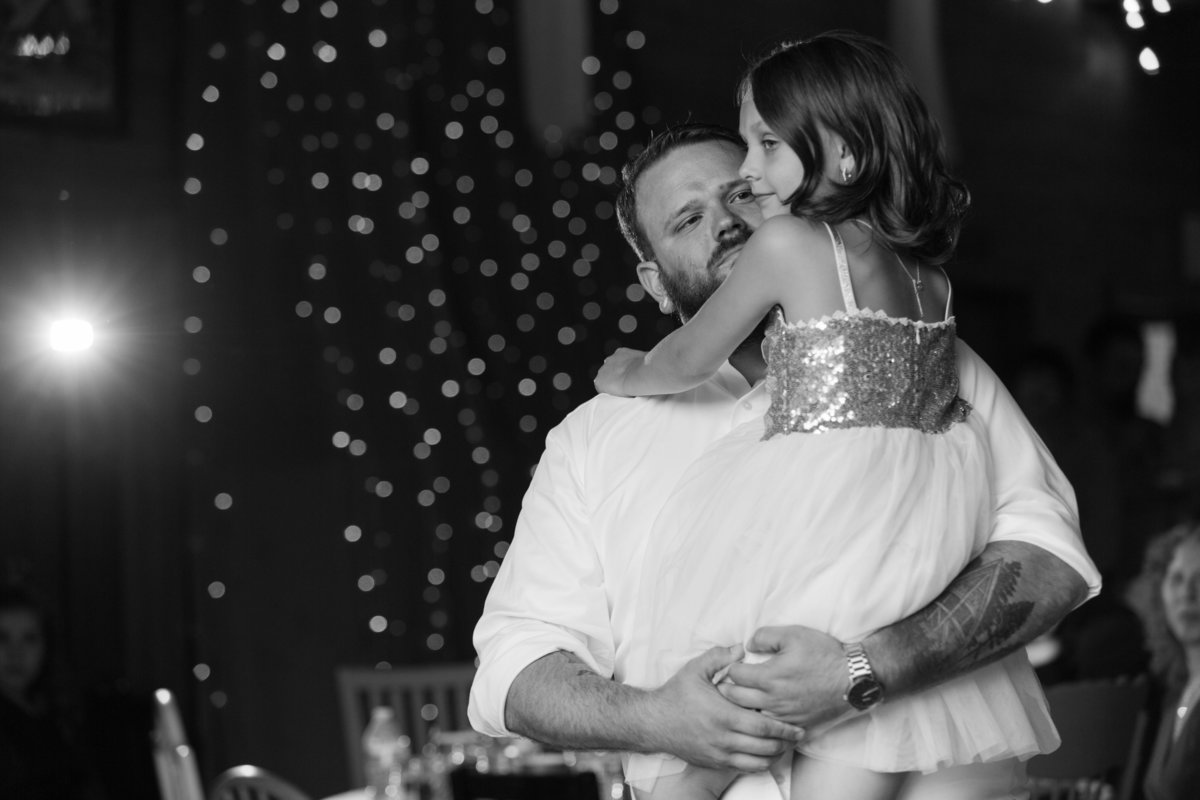 Amanda-Travis-Wedding_Eva-Rieb-Photography_First-Dances-38