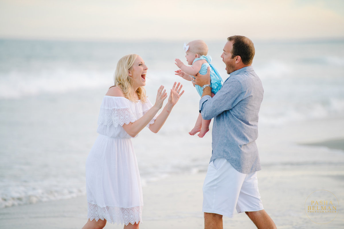 Myrtle Beach Family Photography by top Family Photographer Pasha Belman in Myrtle Beach and Pawleys Island