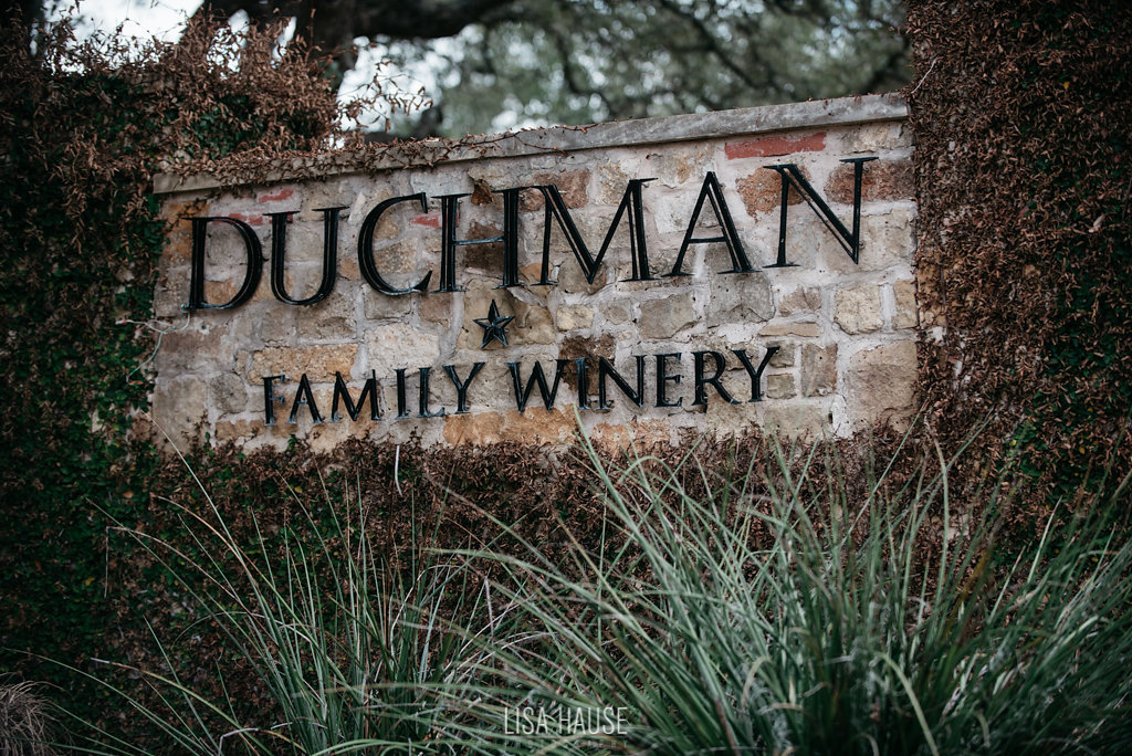 duchmanwinery_thelineymoon_lisahause_austinwedding_050