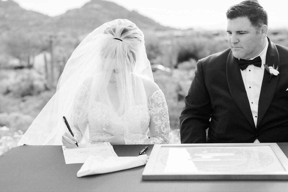 Scottsdale-Wedding-Photographer-Troon-North-Golf-Club_0504