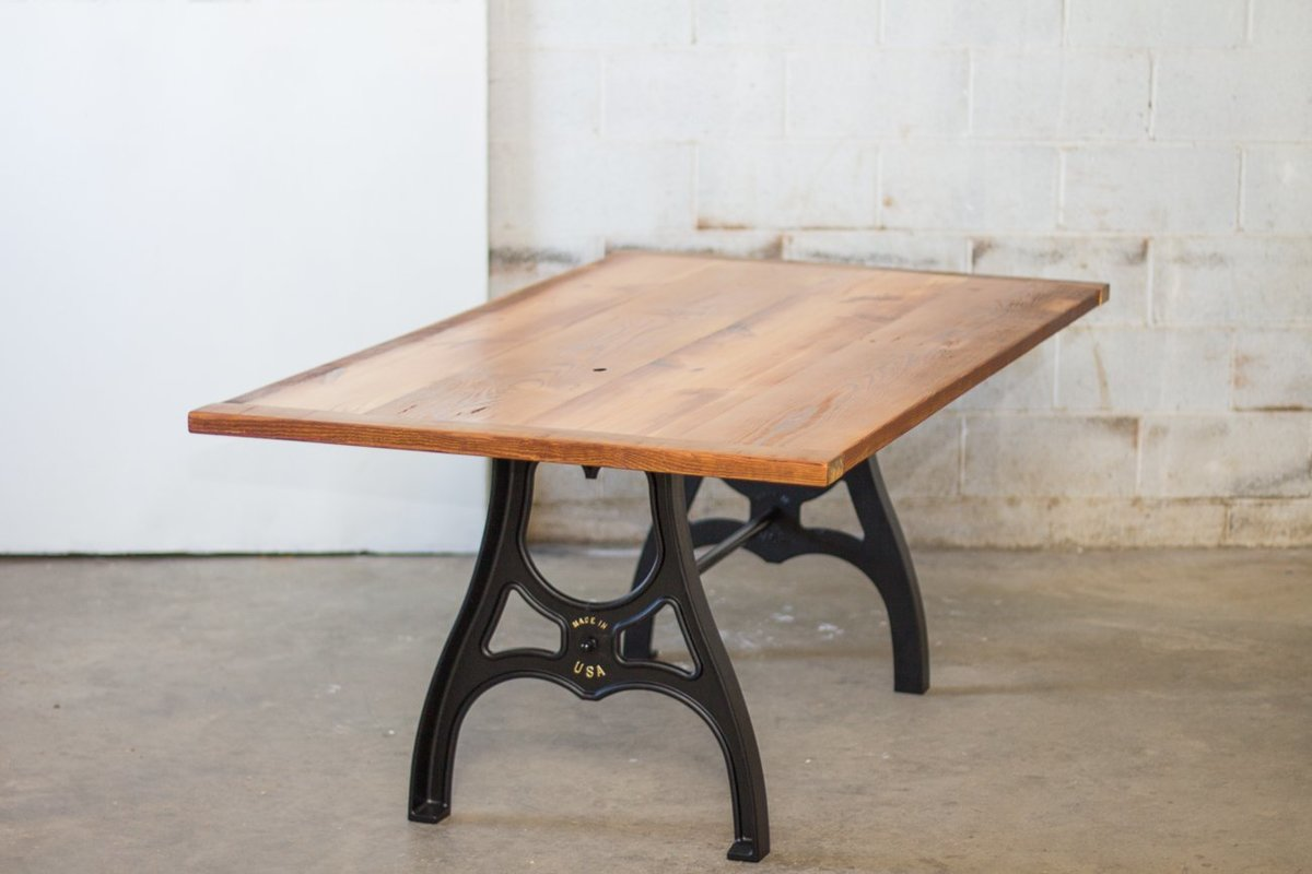 sons-of-sawdust-reclaimed-wood-farm-table-cast-iron-maschine-base-3