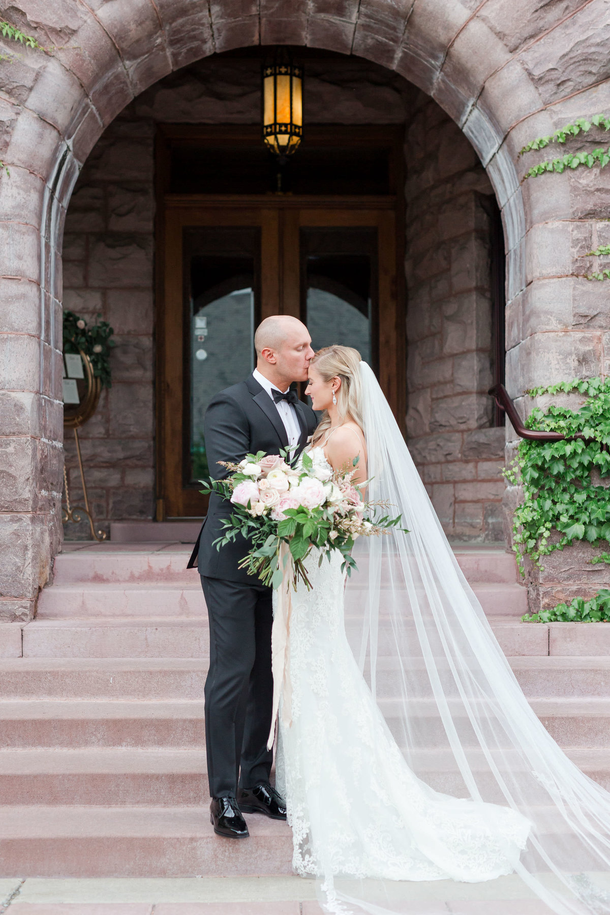 Maison Meredith Photography Wisconsin Wedding Photographer Real Wedding Two 030
