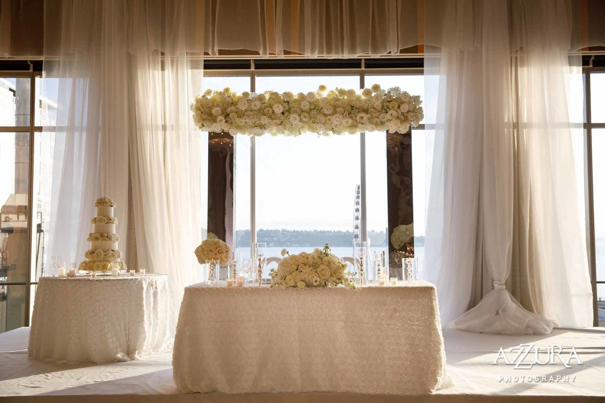 120luxe-four-seasons-wedding-Flora-Nova-Design