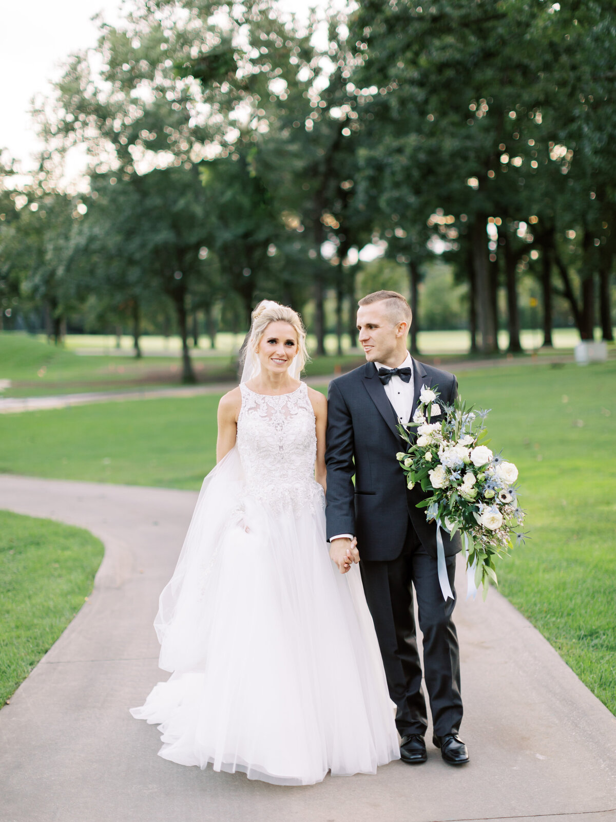 TiffaneyChildsPhotography-ChicagoWeddingPhotographer-Caitlin+Devin-MedinahCountryClubWedding-BridalPortraits-69