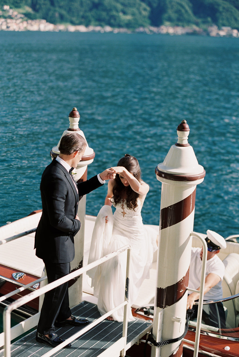 lake_como_italy_villa_balbianello_destination_wedding_melanie_gabrielle_037