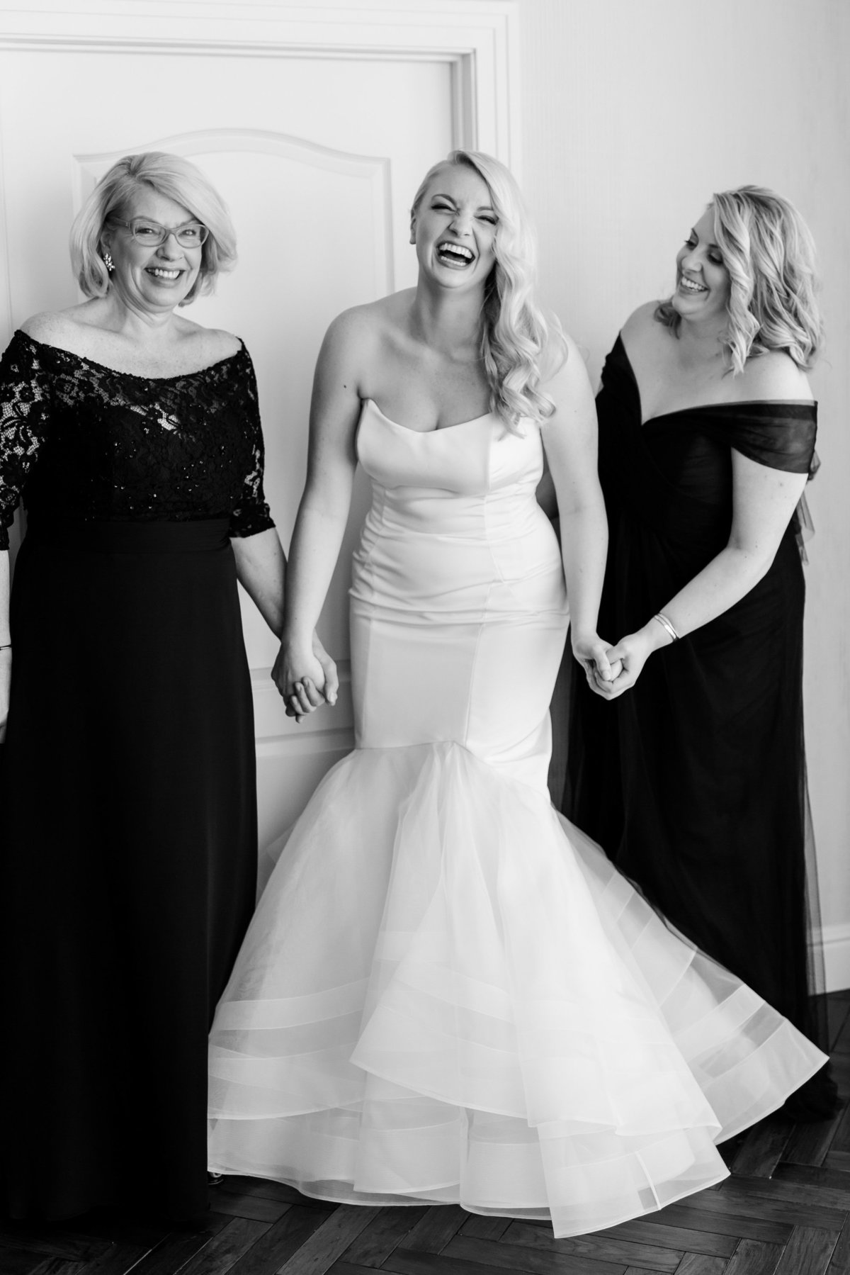Maison Meredith Photography Wisconsin Wedding Photographer Real Wedding Three 016