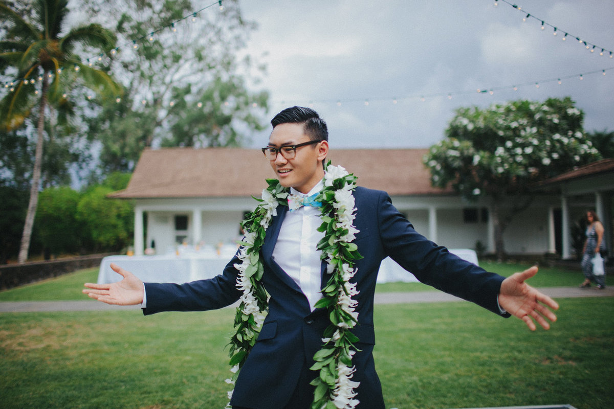 Dillingham-Ranch-Wedding-North-Shore-Oahu-Waialua-HI-Jenn-Paolo (17)