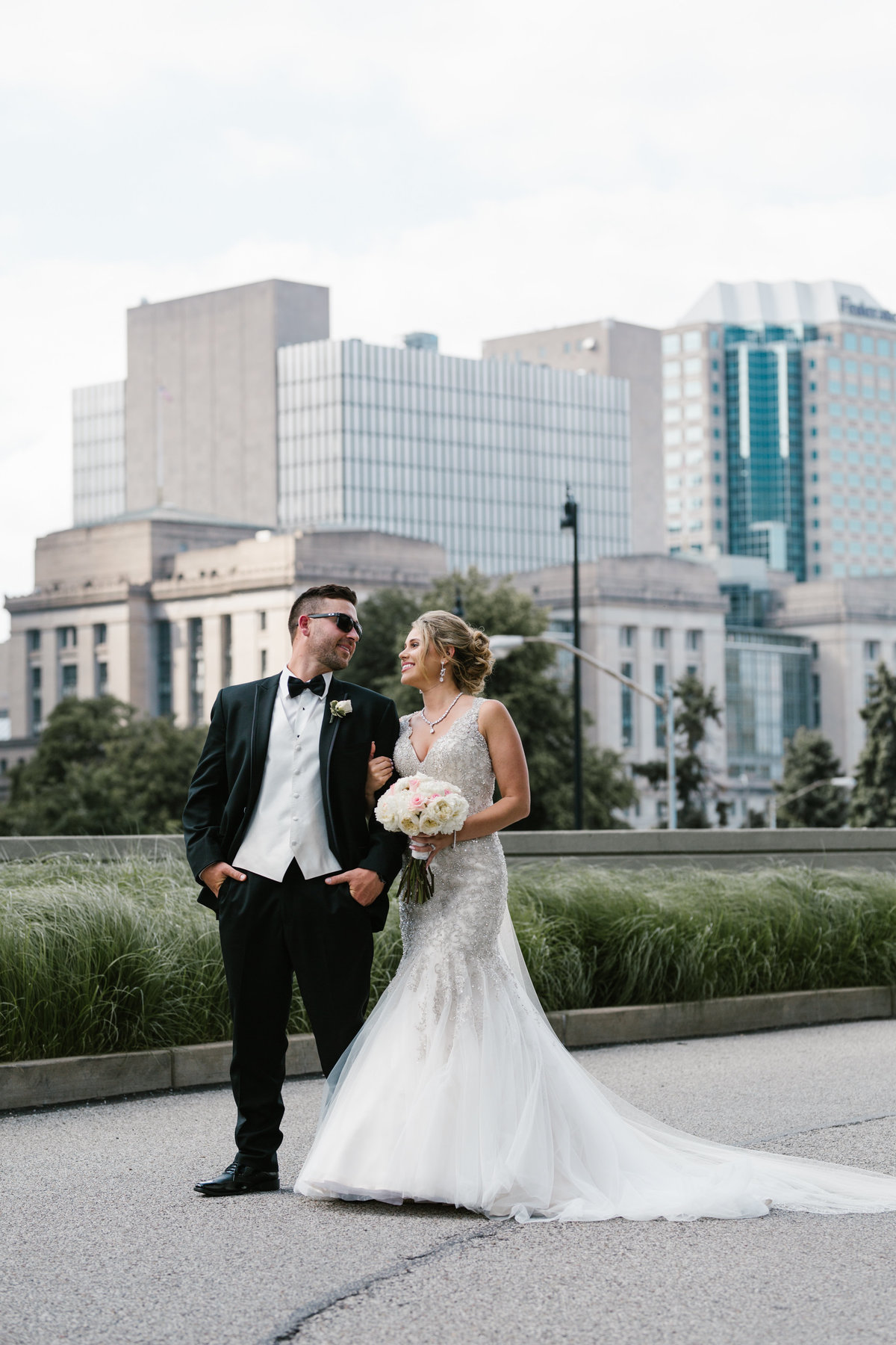 Downtown Pgh wedding photos-3