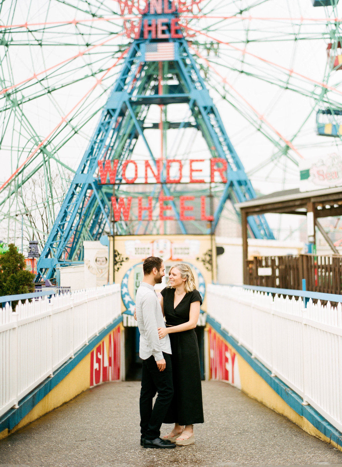 coney-island-new-york-engagement-session-12