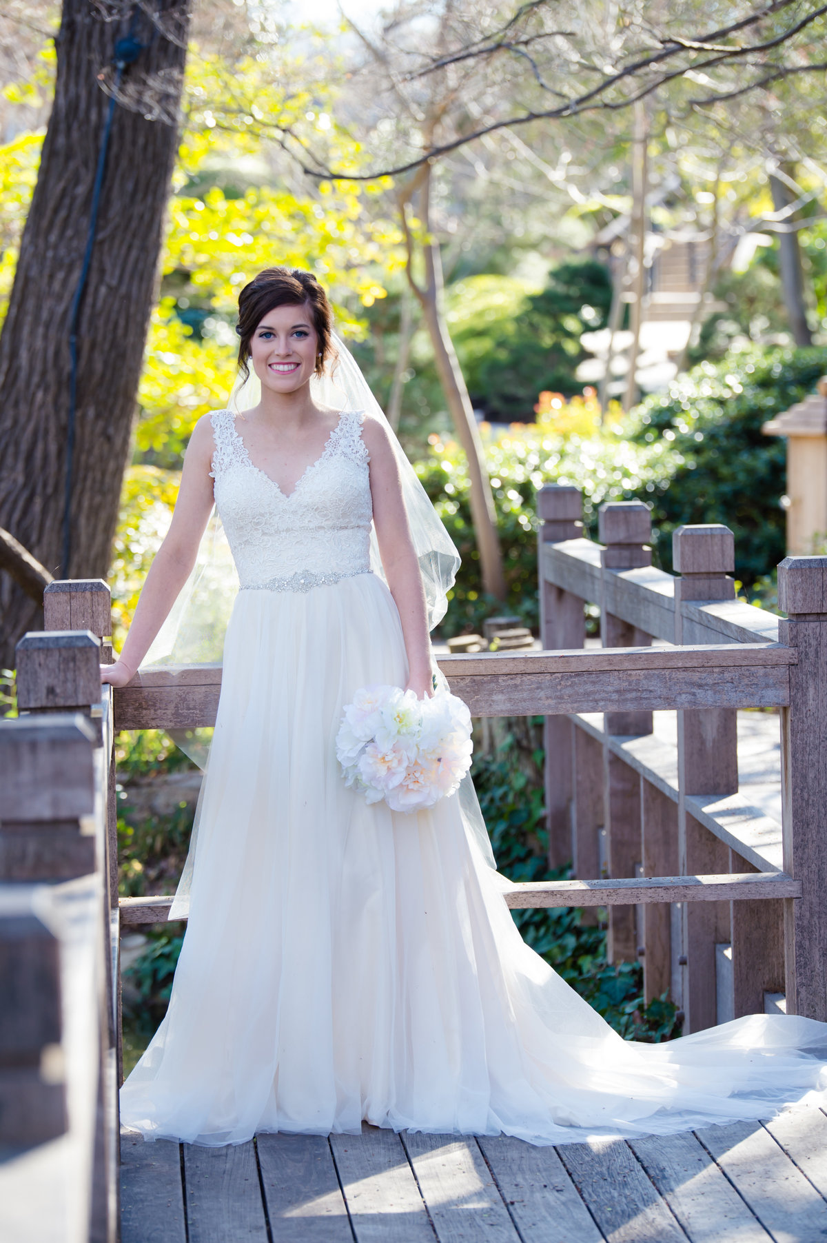 Japanese Gardens Fort Worth Bridal photos by Brittany Barclay Photography