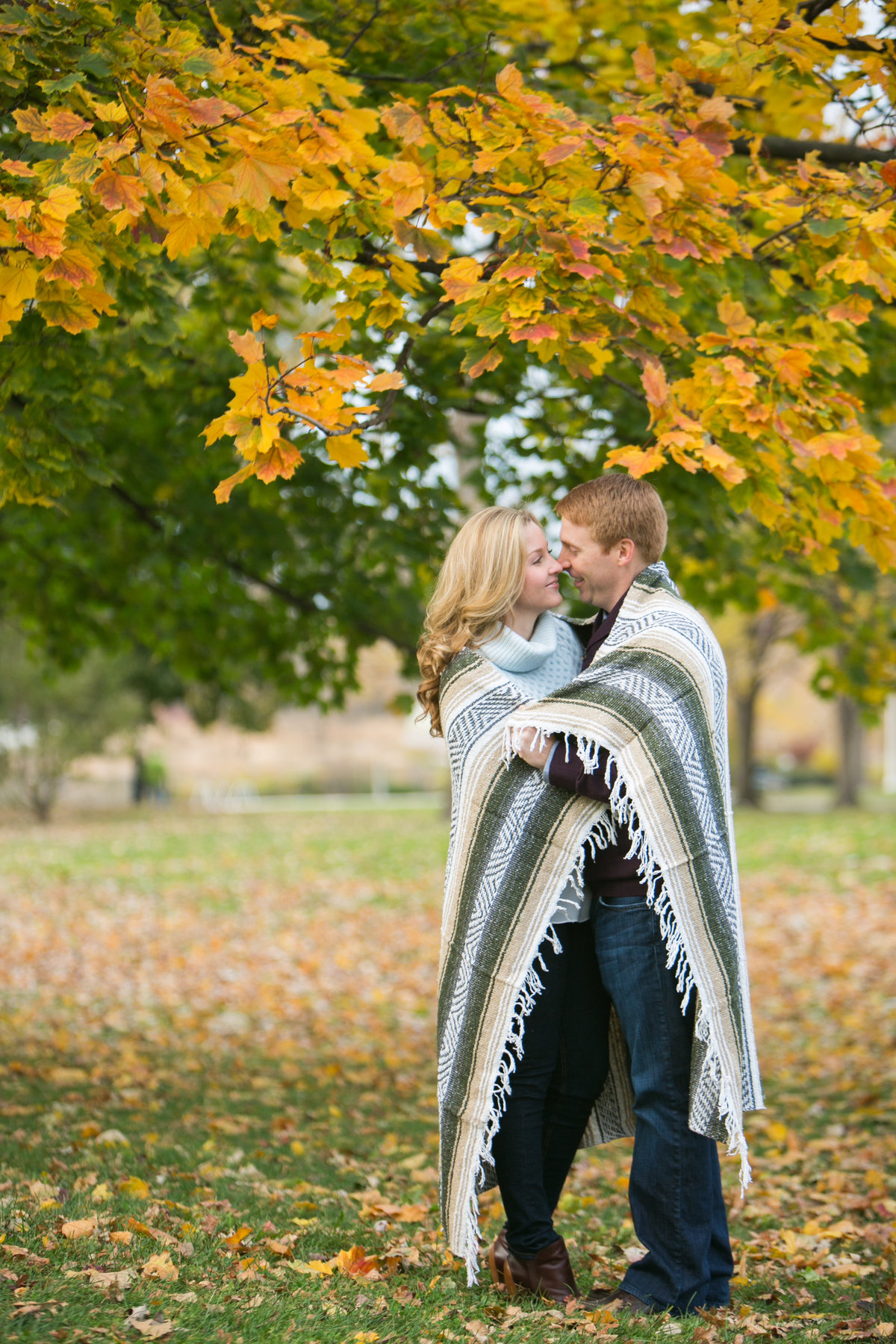 Fall-North-Avenue-Beach-Engagement-46