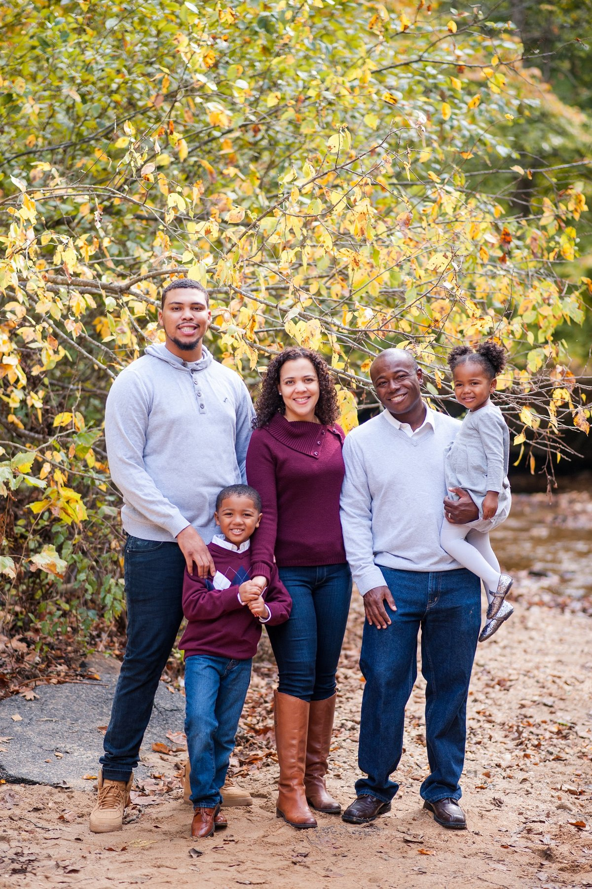 fredericksburg fall family portrait session