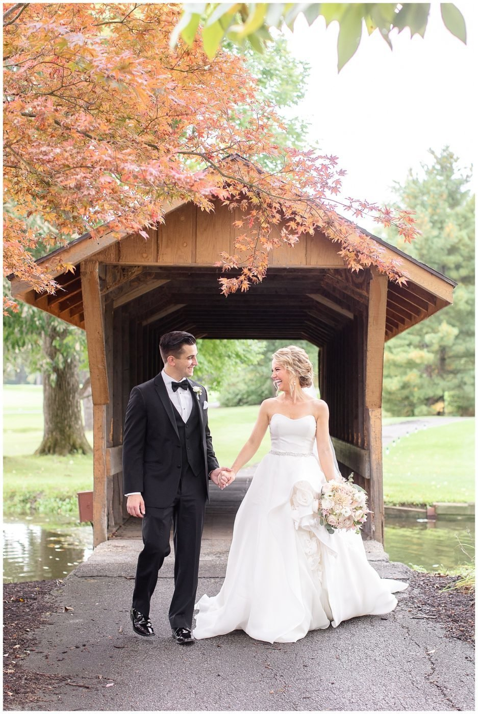 Gorgeous-blush-wedding-at-Orchard-Ridge-Country-Club-Fort-Wayne-Wedding-Photographer_0041-937x1400