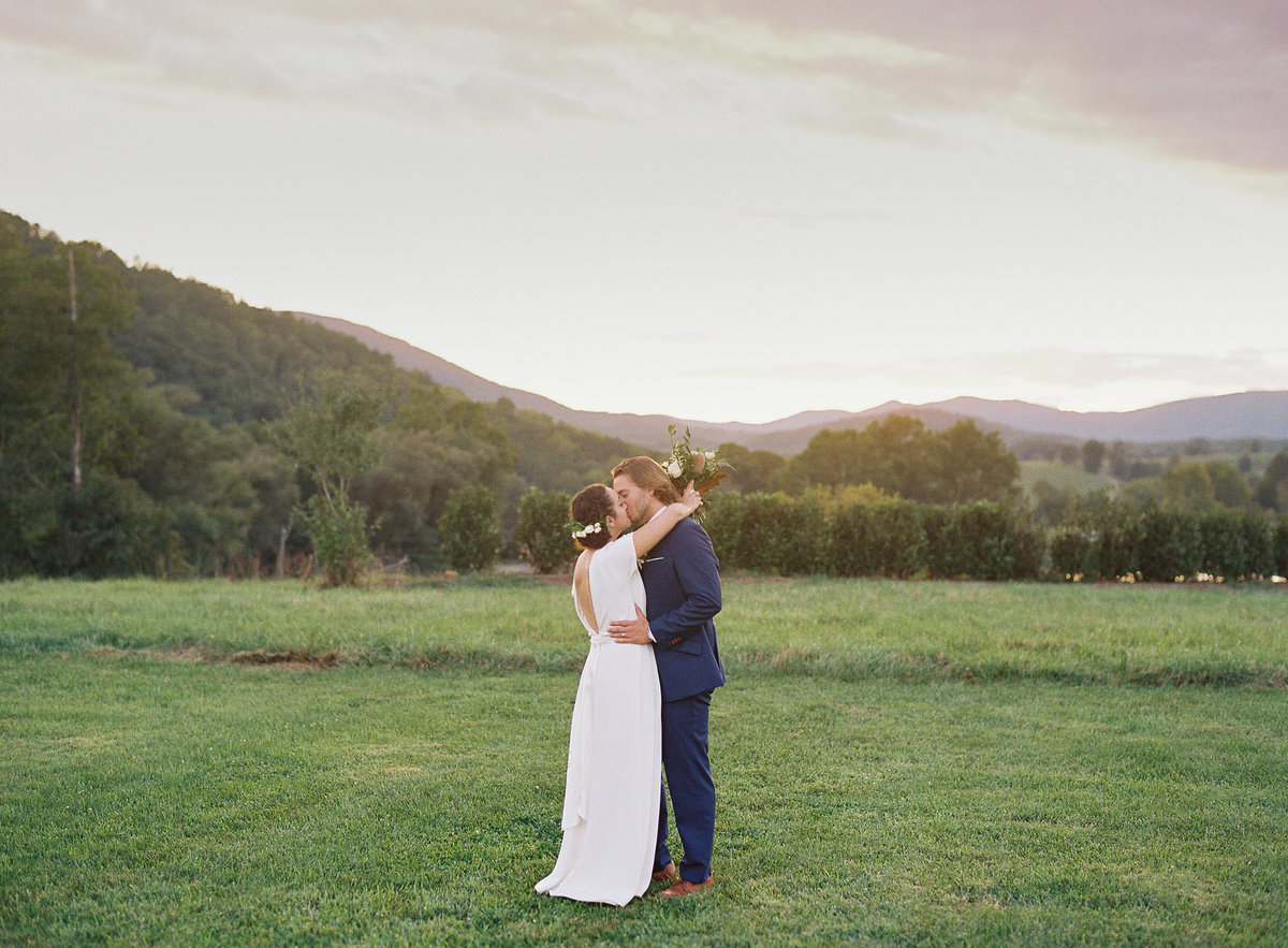 Charlottesville, Virginia wedding planner For Love of Love at Big Spring Farm with Ashley Cox Photography