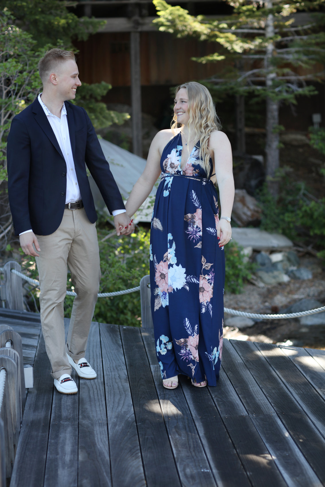 Northern california outdoor engagement session, deneffe studios in truckee