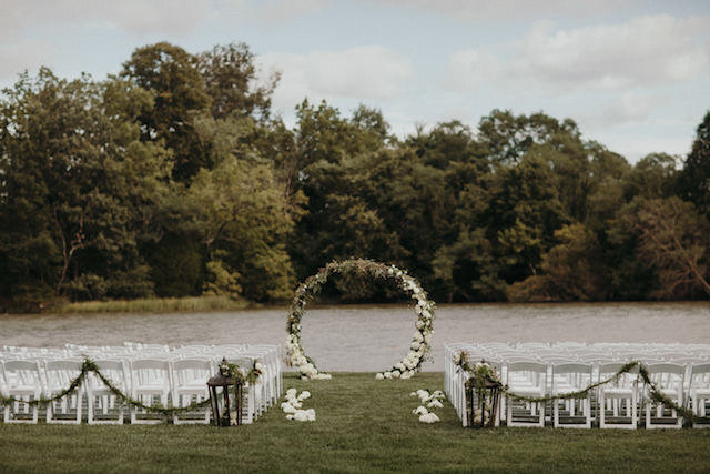 wedding-ceremony-flower-arch