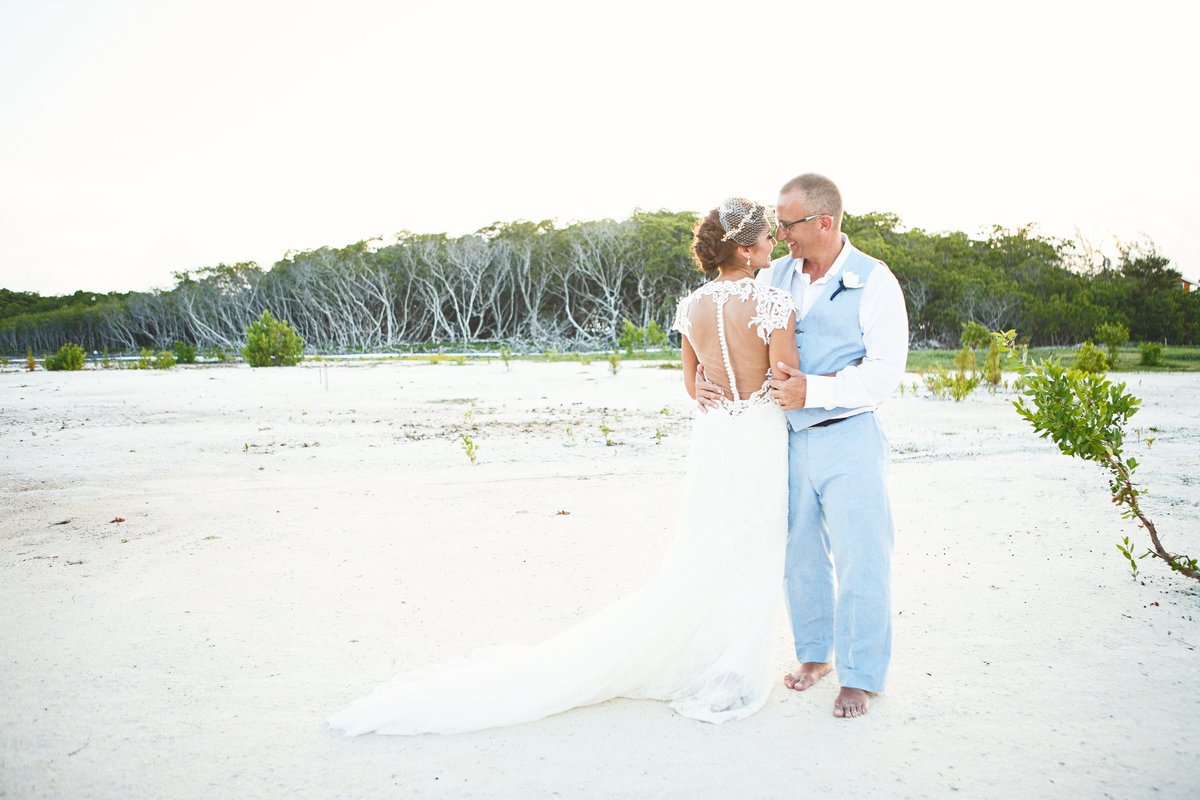 Belize_Destination_Wedding_Photographer_Coco_Plum_Island4