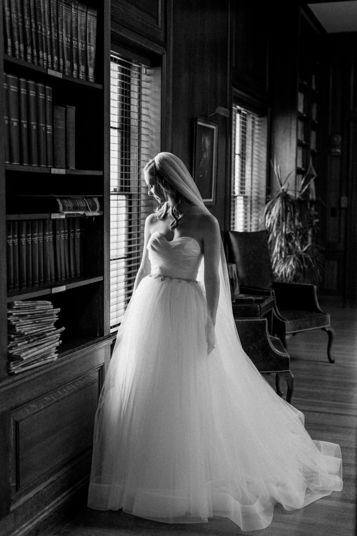 08_romantic_bridal_portrait
