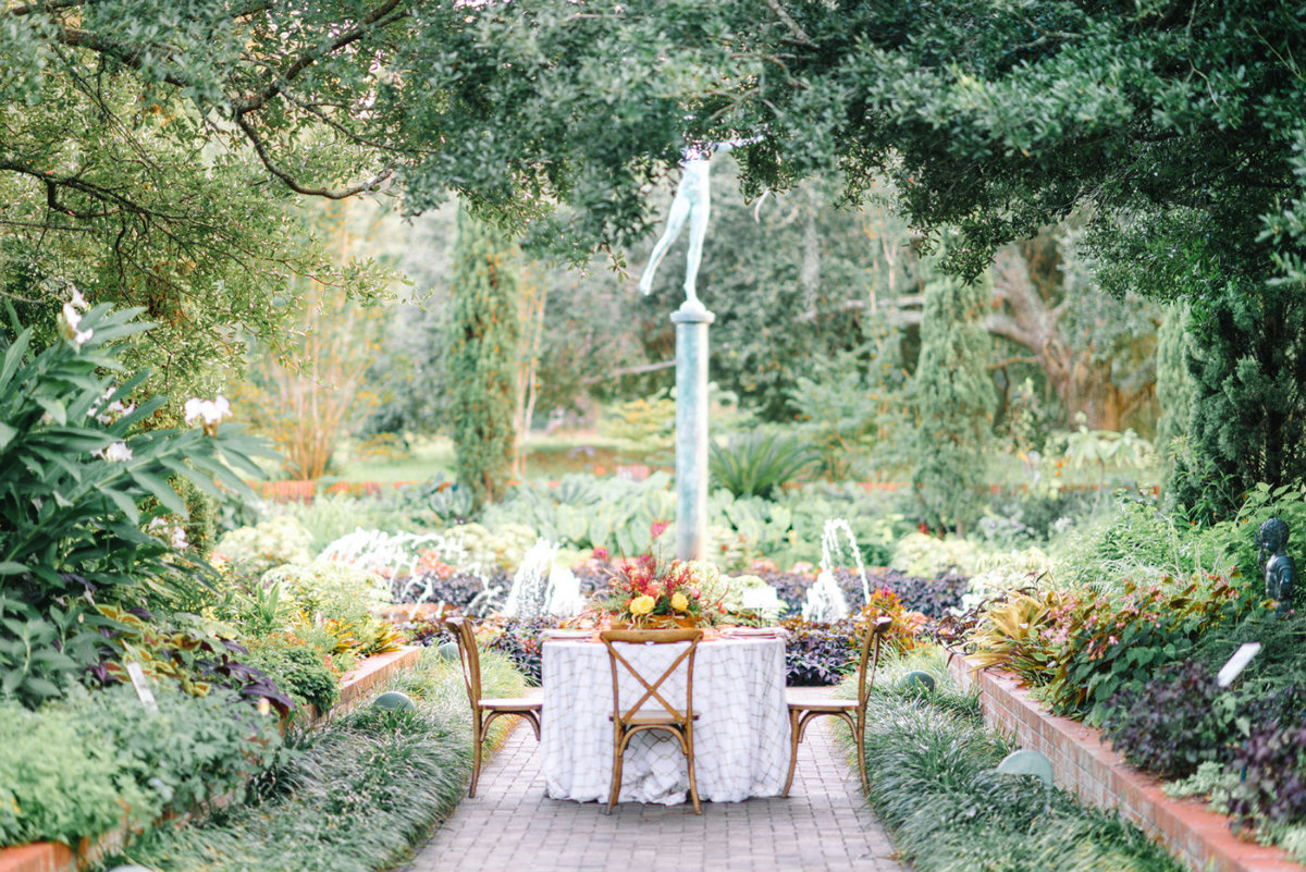 A fairytale garden wedding at brookgreen gardens brookgreen gardens wedding photography wedding pictures ideas plantation wedding venue garden weddings junglespirit