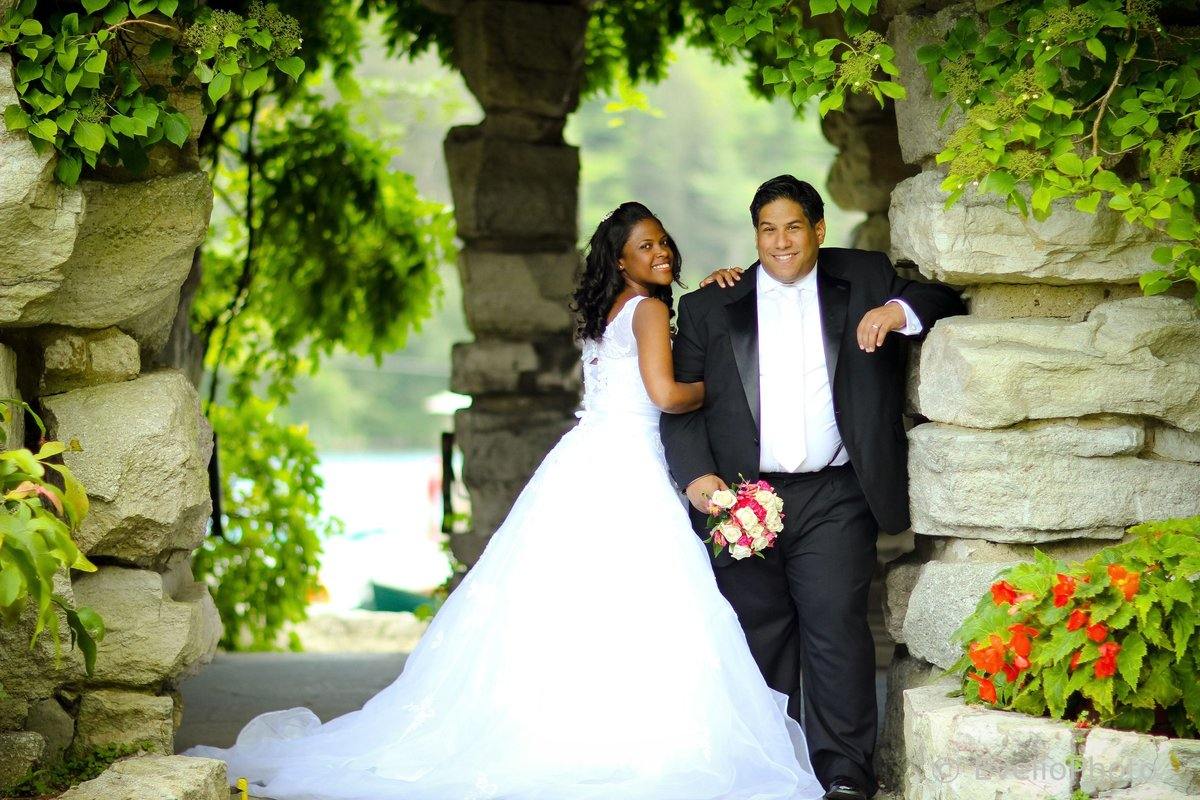 The-Gramercy-at-Lakeside-Manor-Wedding-Photos-48-0123